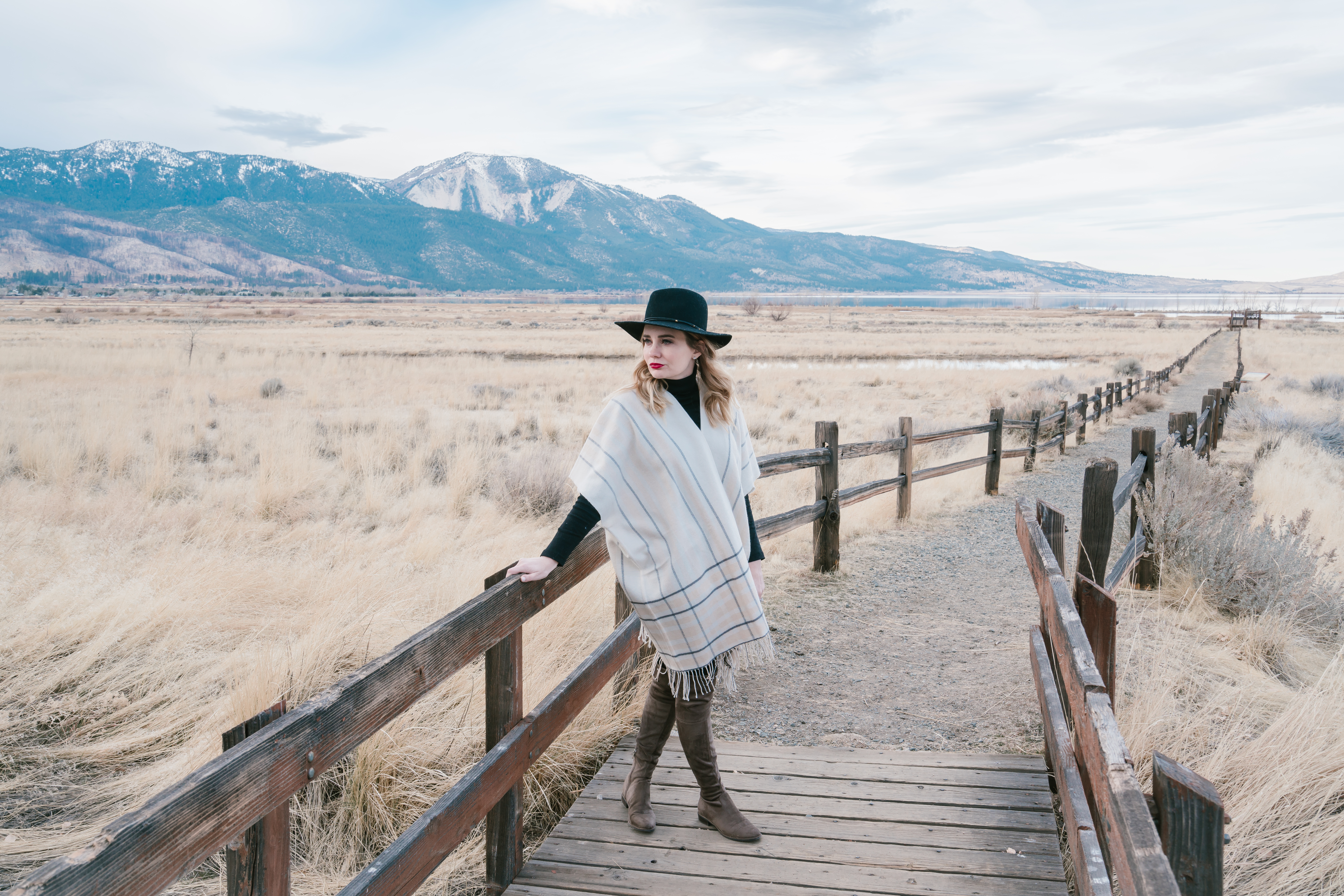 Memphis Fashion Blogger, Pretty in Pink Megan shares a look at her travels around Lake Tahoe. Including cute travel outfits!