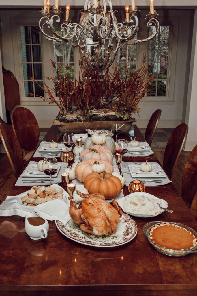 Thanksgiving Tablescape at Friendsgiving 2018